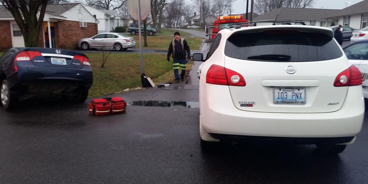 2 car crash involving children slows traffic at McCracken County intersection
