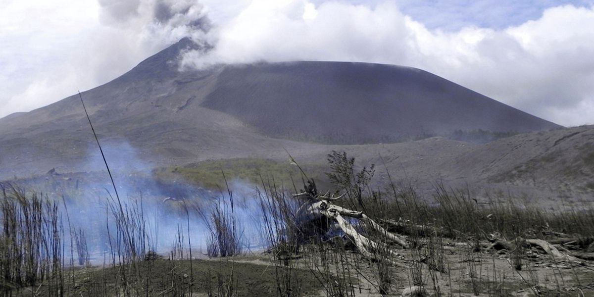 Indonesia's Soputan volcano erupts, ejecting thick ash