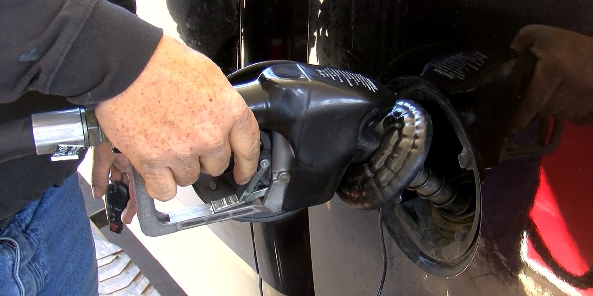 Analyst: Brace for $3/gallon gas nationwide
