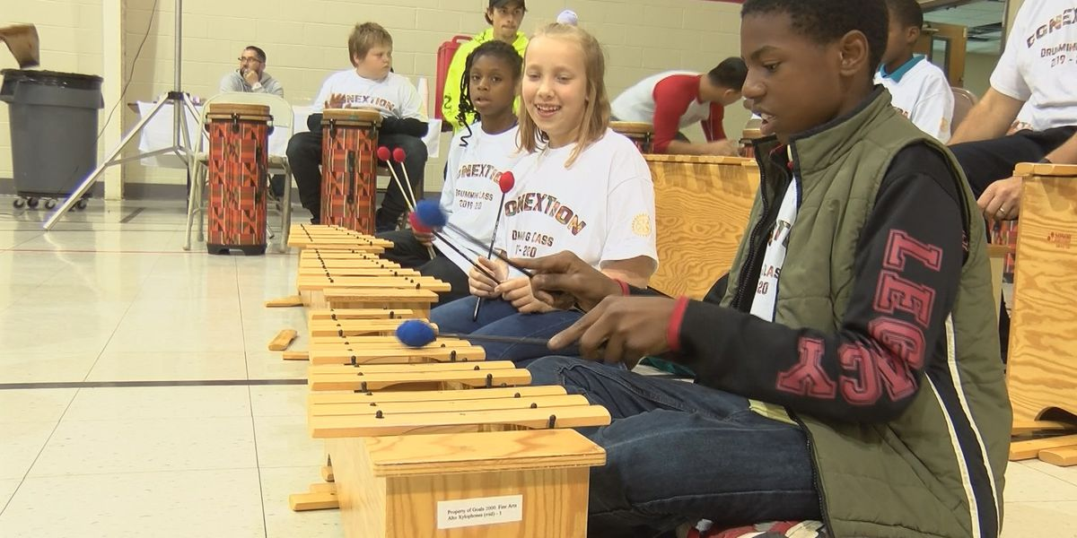 Cape Girardeau students get in sync with African drumming