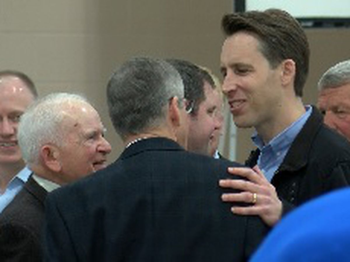 Sen. Josh Hawley and NRA leadership attend 50th Lincoln Day Celebration in Cape Girardeau