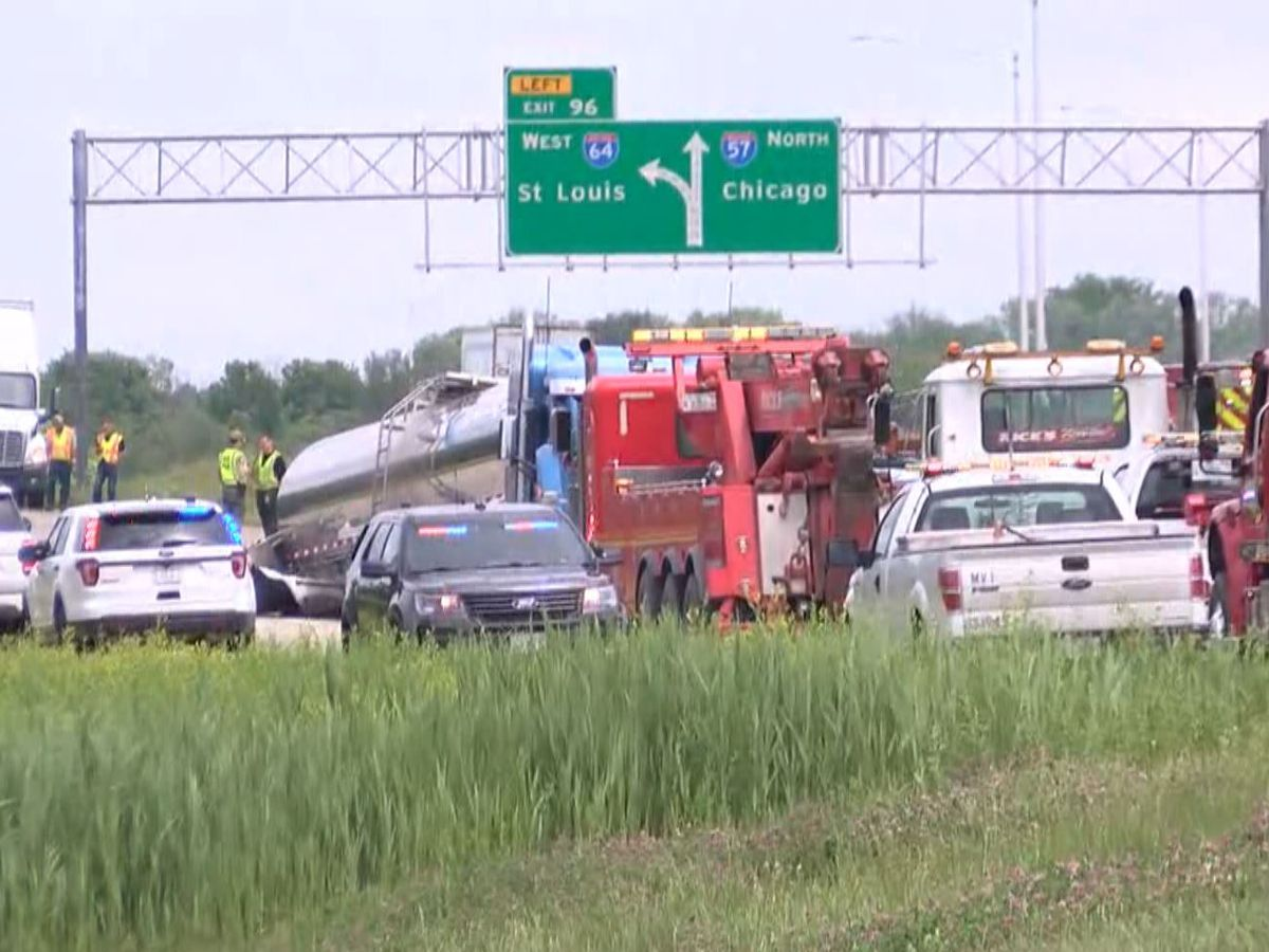 Crash at I-64 and I-57 split shuts down traffic in Jefferson County, Ill