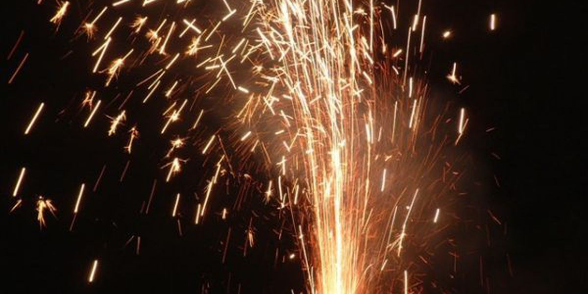 Fireworks stand owners need to buy license in Cape Girardeau County
