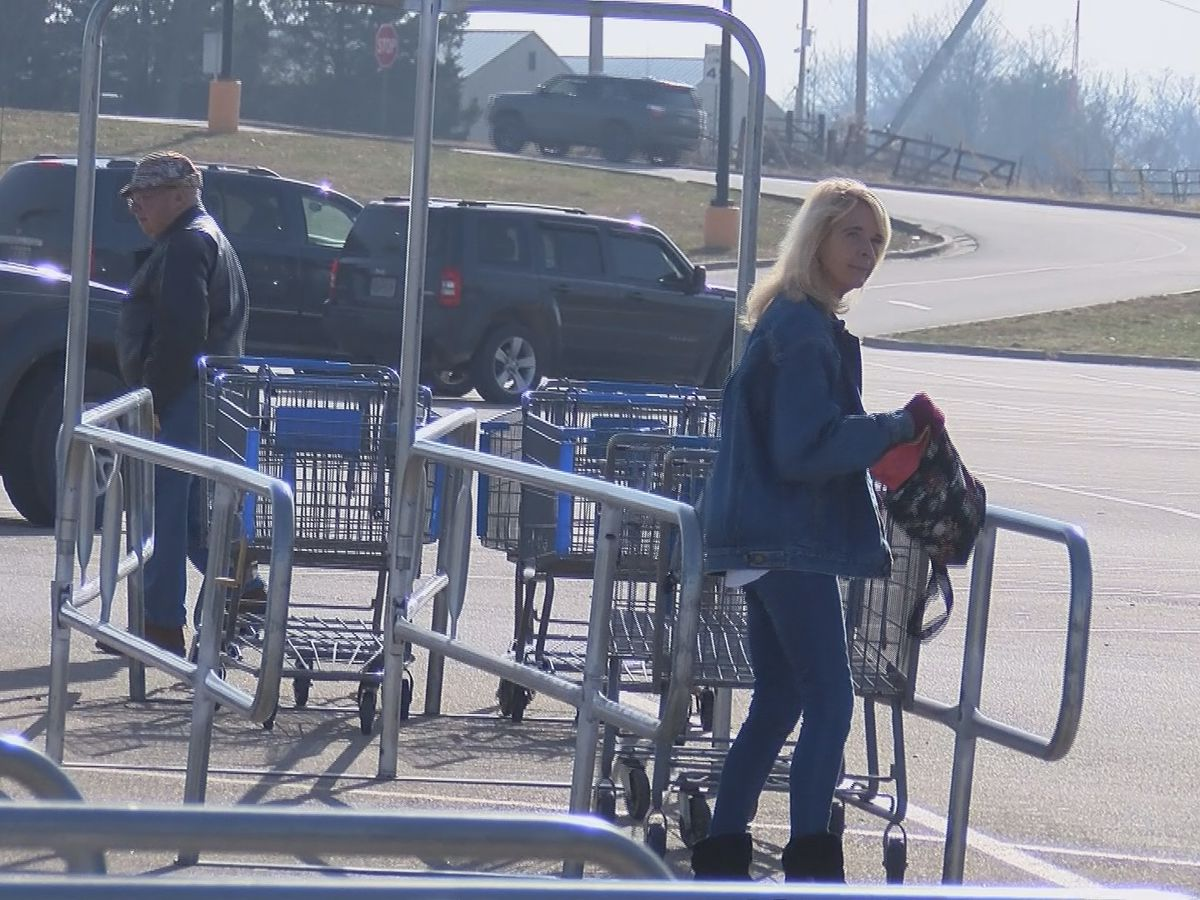 Robbery victim, others offer tips for safe holiday shopping