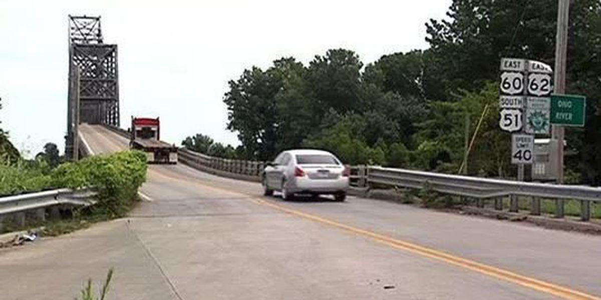 "U.S. 51 Ohio River ""Cairo"" Bridge closing due to floodwaters"