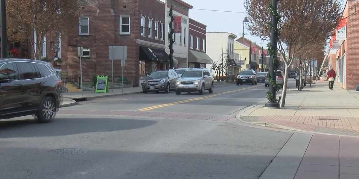 Cape Girardeau businesses experience different amount of foot traffic this time of year