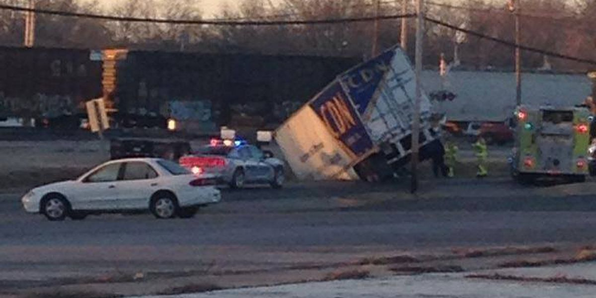 Semi crashes in Scott City