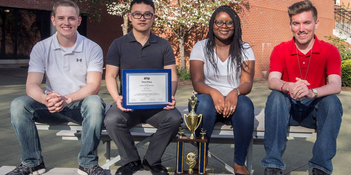 SIU student web development team places third in nation