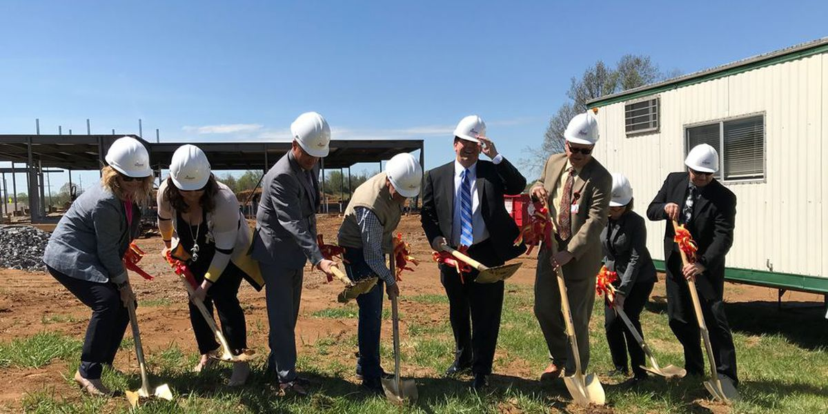 SoutheastHEALTH primary care breaks ground in Jackson
