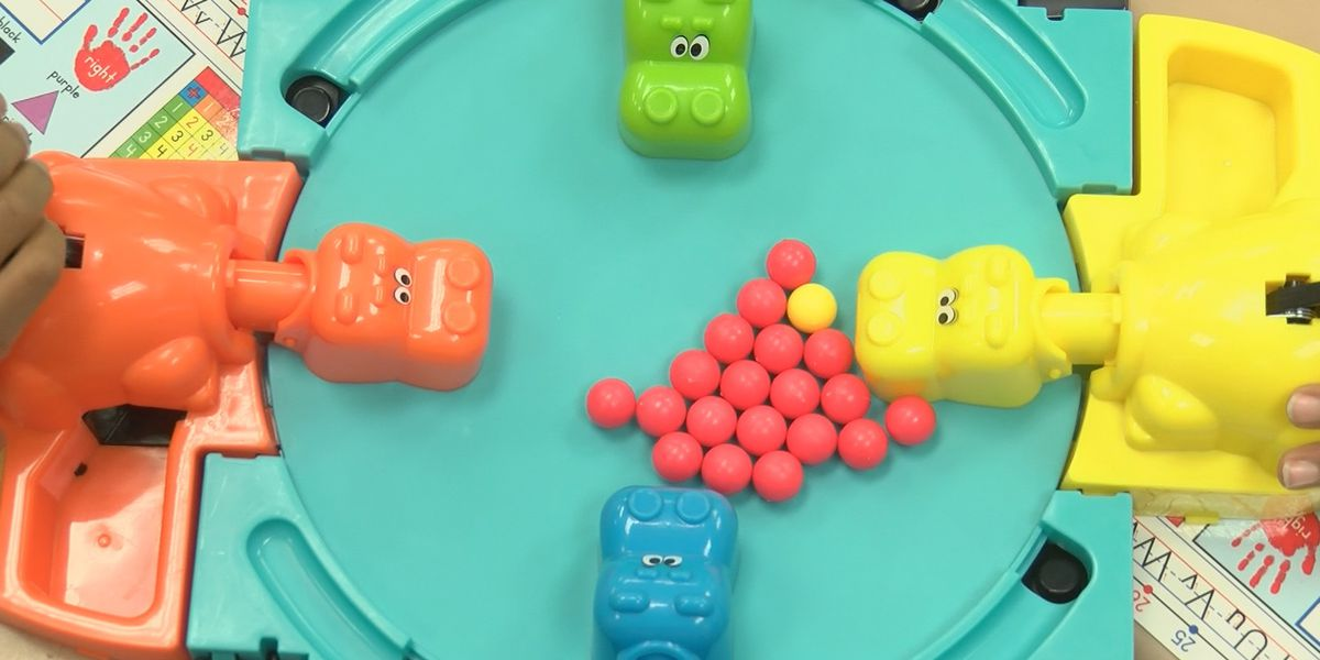 Toy Testers: Hungry Hungry Hippos