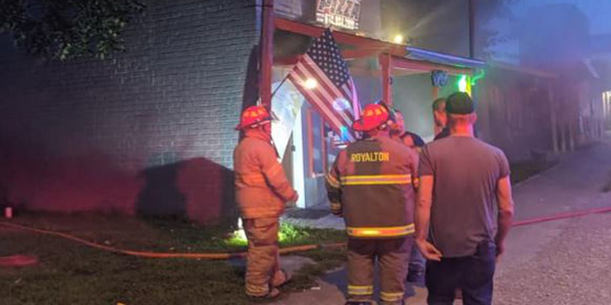 Fire damages pizza restaurant in Royalton, Ill.
