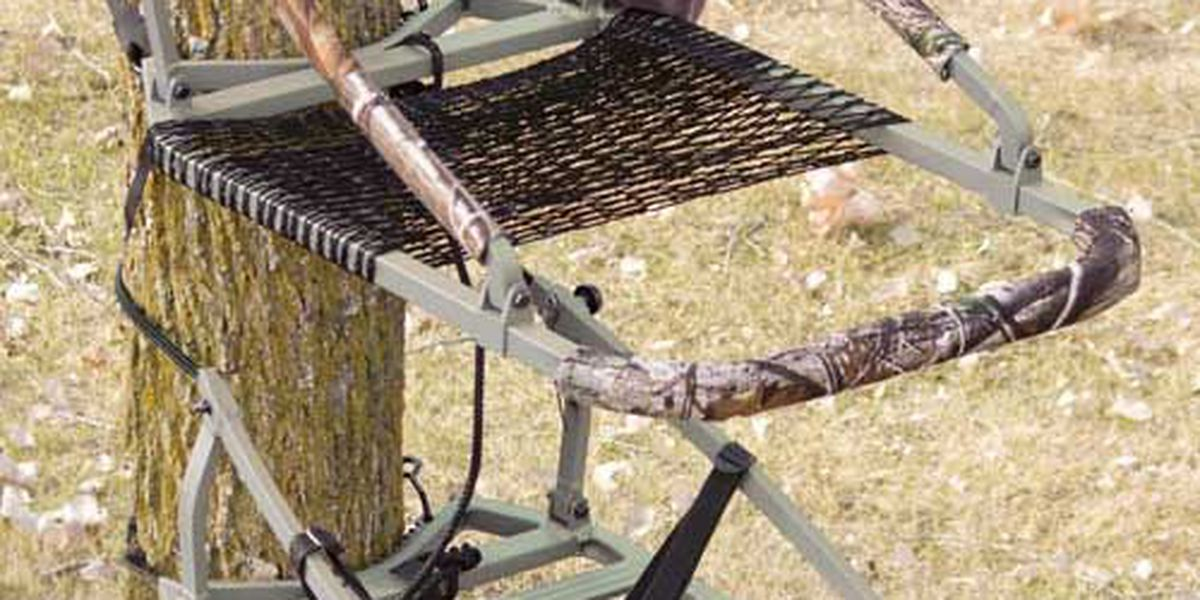 2 companies recalling 17K climbing tree stands