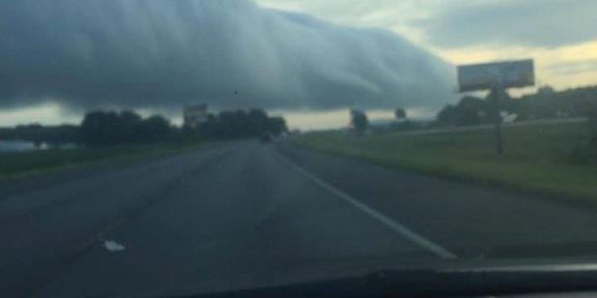 Roll cloud: rare sight spotted in Perryville