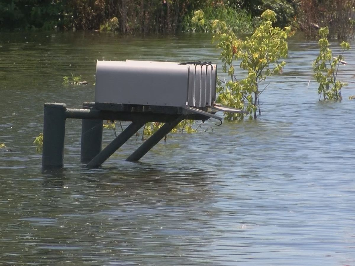 Flooding keeps East Cape Girardeau residents from getting mail