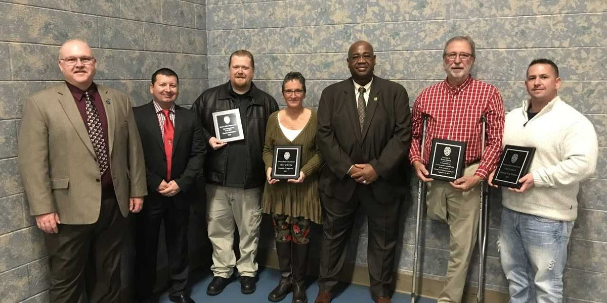 Murray Police Department recognizes officers, employees