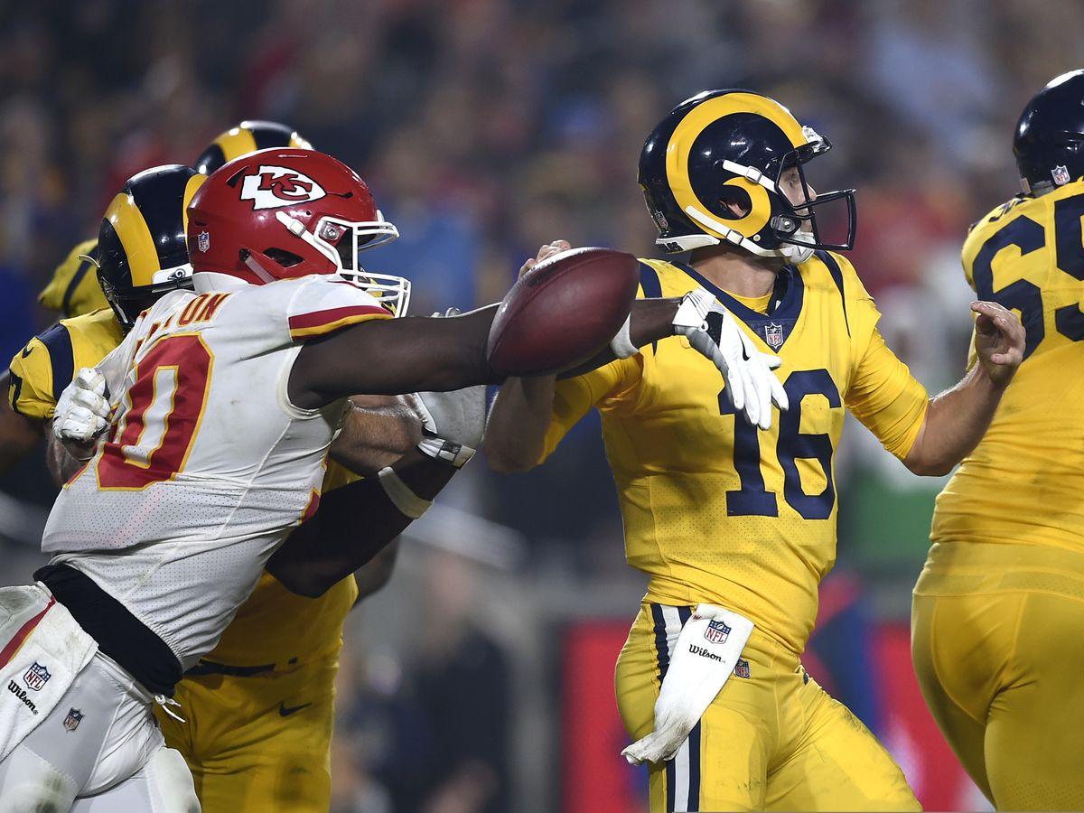26e3f2f9d Rams outlast Chiefs 54-51 in record Monday night showdown