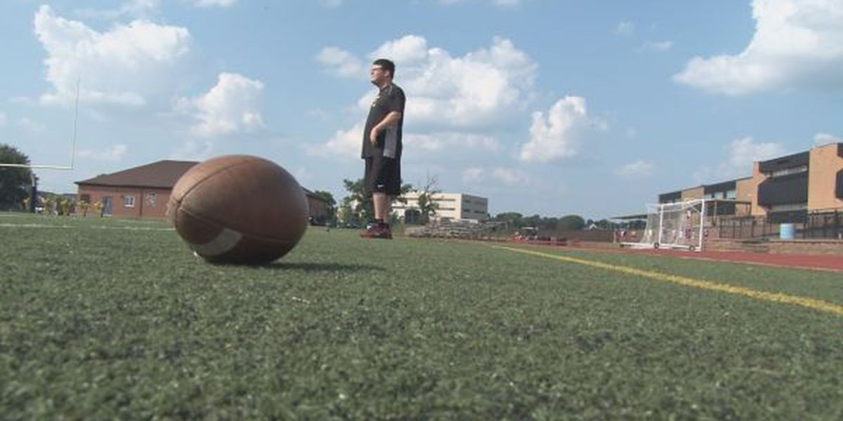 Farmington football manager inspires after 10 years