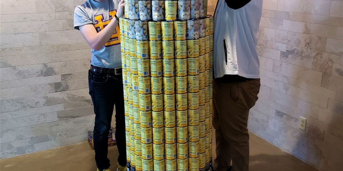 Union City High School students participate in 'Canstruction' project at Discovery Park of America