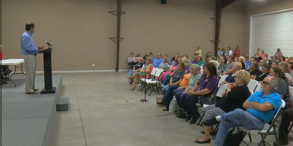 Kennett, MO doctors meet to discuss future of healthcare in the area