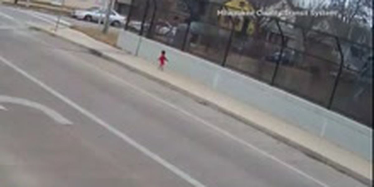 Bus driver rescues toddler wandering on freeway overpass