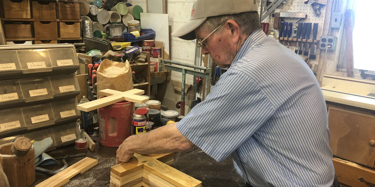 Mo. man makes crosses with wood from burnt church