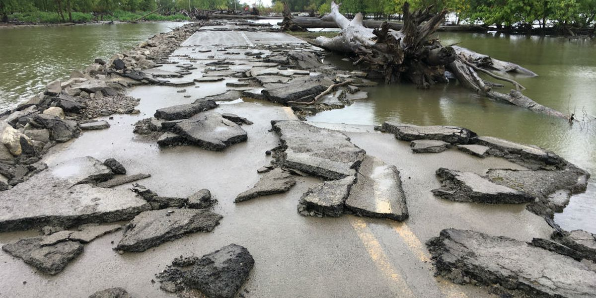 Flooding causes major damage in Miller City, Ill.