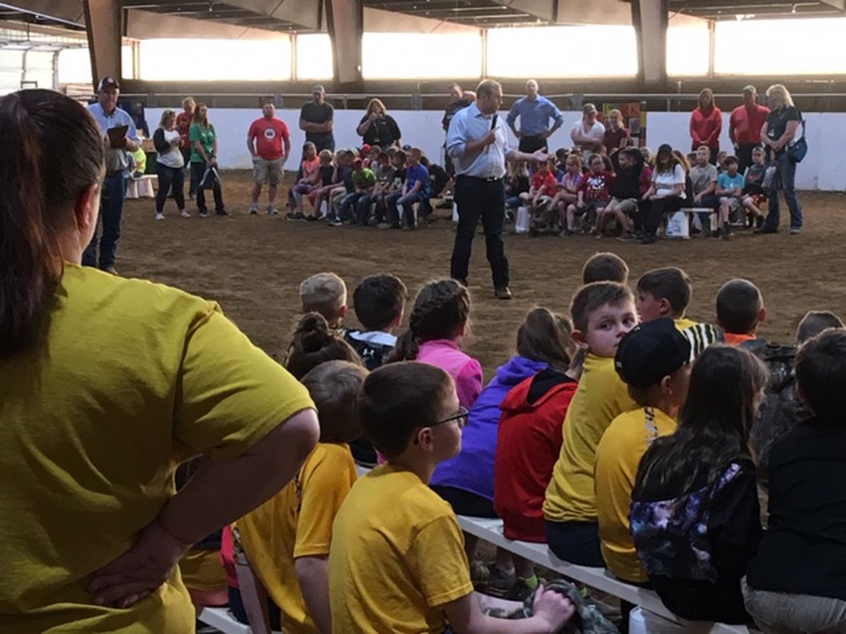 Hundreds of 3rd graders attend Farm Day in Jackson