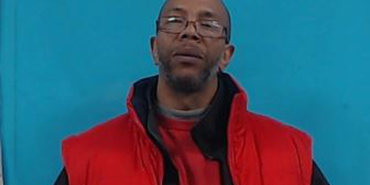 Man charged with robbing woman in Cape Girardeau Schnucks parking lot