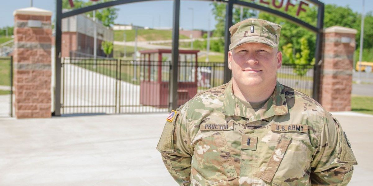 National Guard officer volunteers in home town of Poplar Bluff, MO
