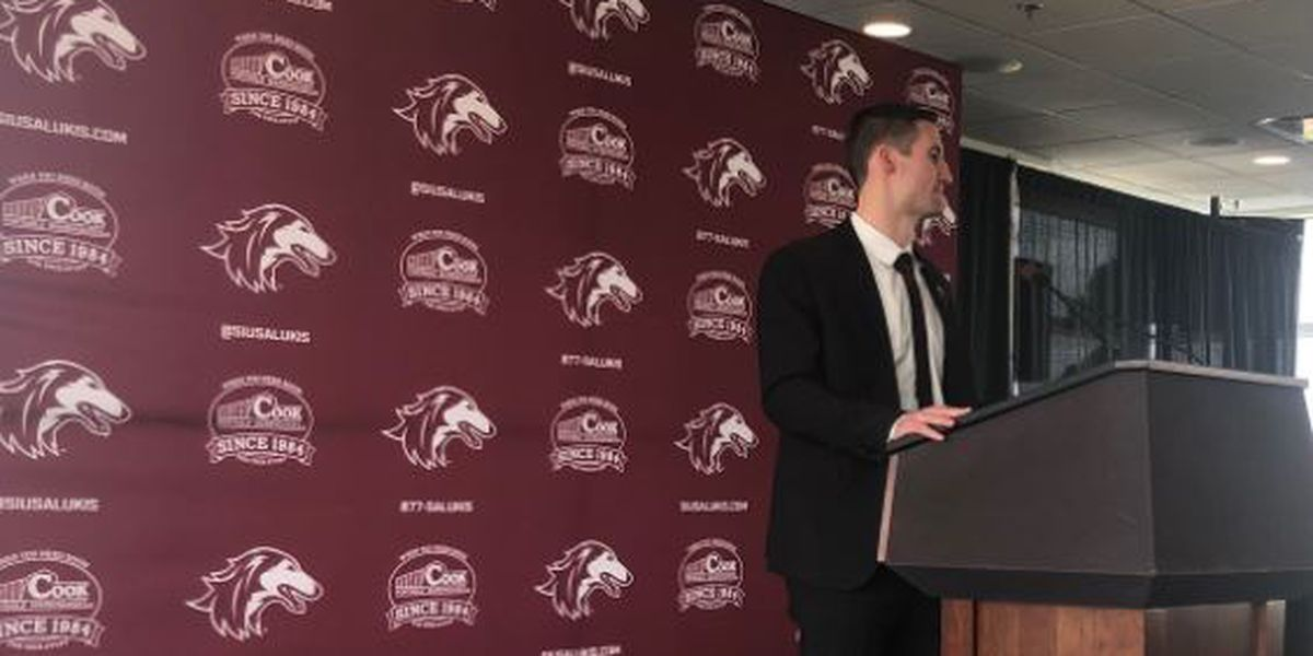 SIU announces former Saluki Bryan Mullins as head basketball coach