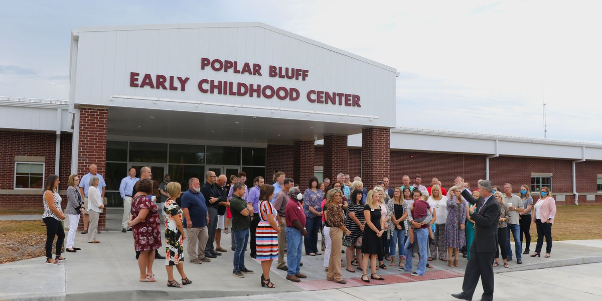 Ribbon cutting held for new early childhood center in Poplar Bluff, Mo.