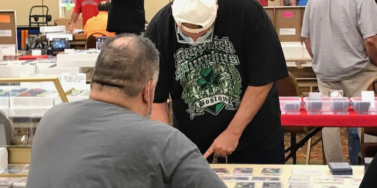 More than 100 attend SEMO Collectibles Show brings in Miner
