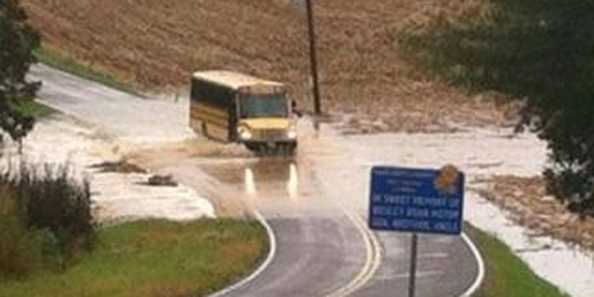Parents concerned about Perry County bus driving through high water