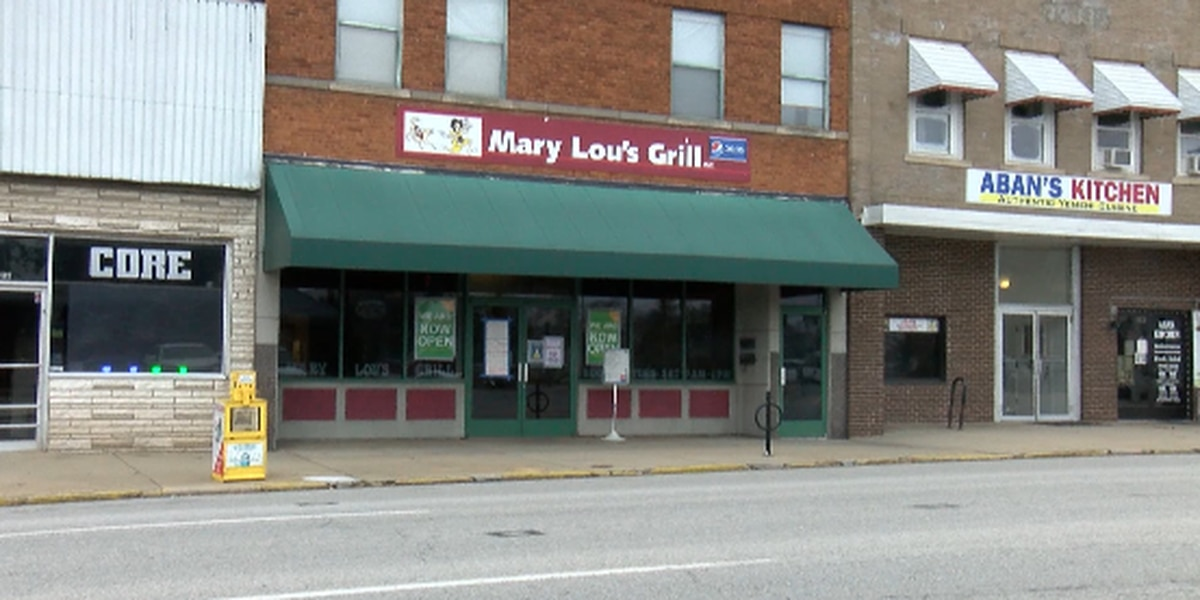 Carbondale business ticketed for indoor dining