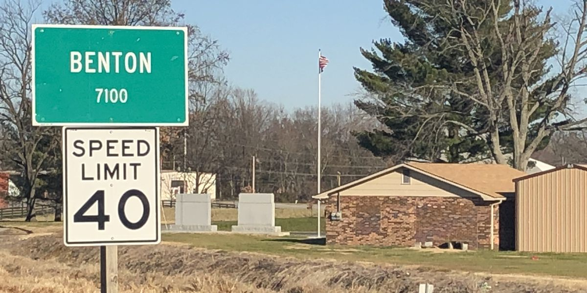 State Hwy. 37 in Benton, Ill. reopens after gas main break