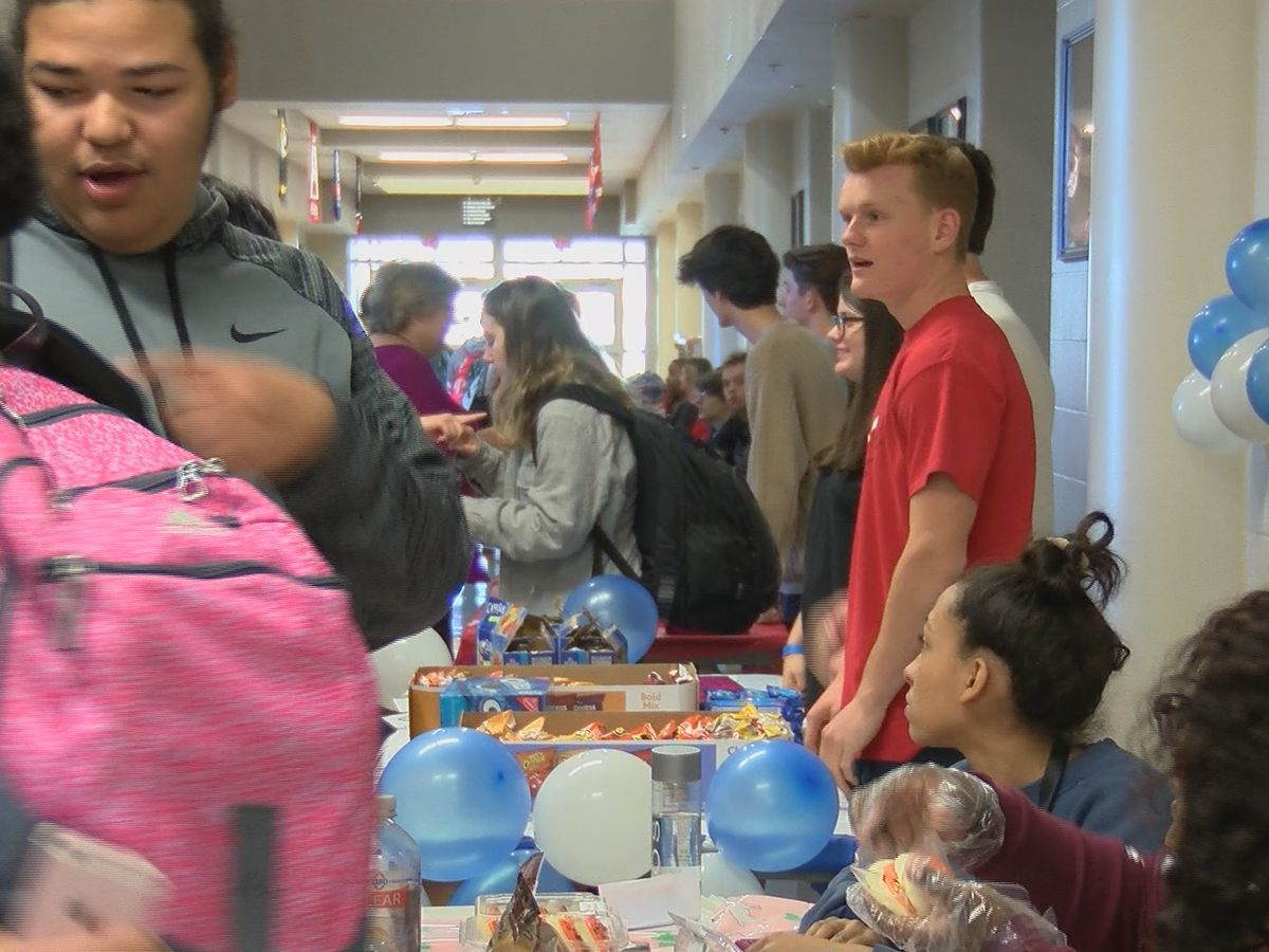 Young entrepreneurs at Cape Central H.S. put their skills to the test
