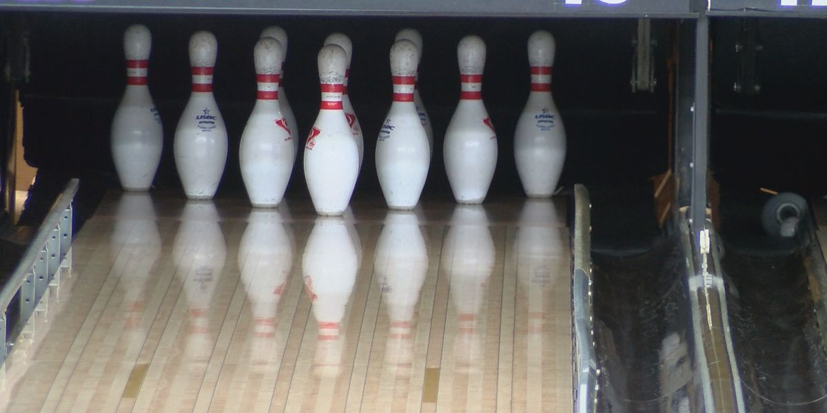 Heartland bowling alley uses safety precautions due to COIVD-19