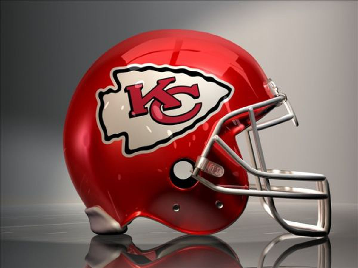 Chiefs continue to roll and defeat the Bangels 45-10