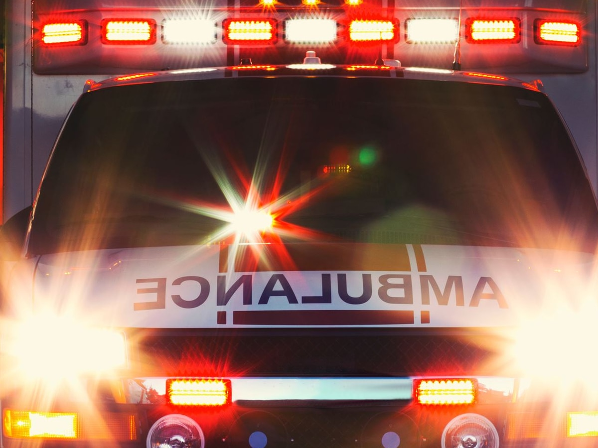 Man dies after crash involving ambulance in Paducah, KY