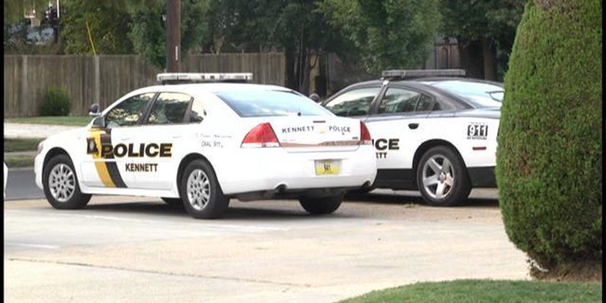 Kennett Police: Man barricades himself with gun in van