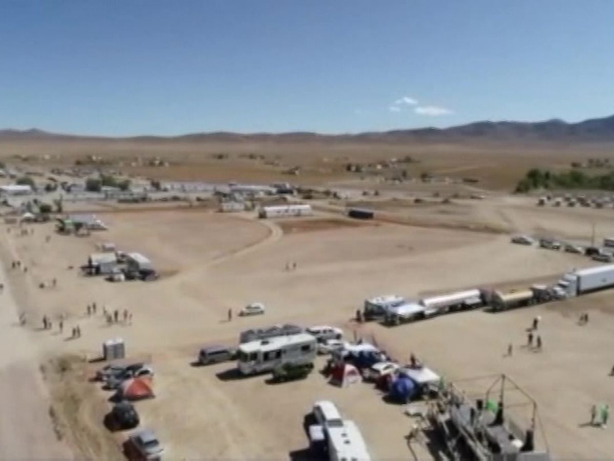 Area 51 events mostly peaceful; thousands flock to Nevada desert