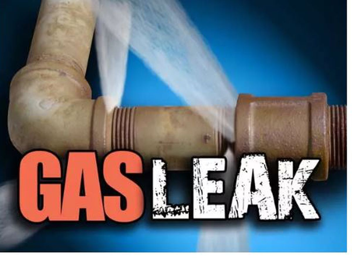 Crews working to repair gas leak in Wayne County, Mo.