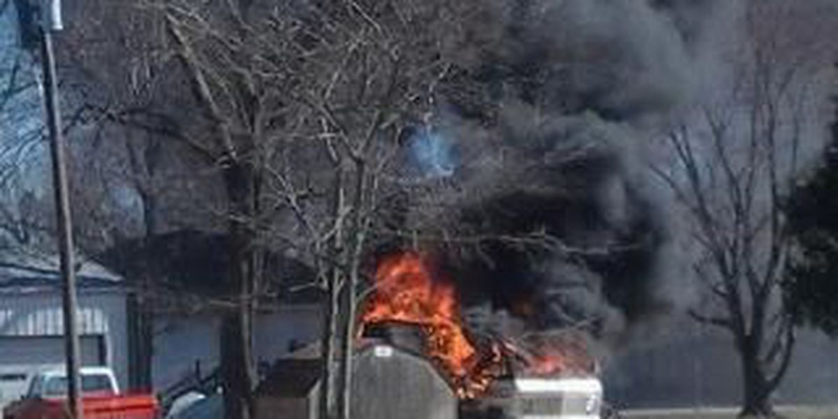 Motor home destroyed by fire in Cape Girardeau