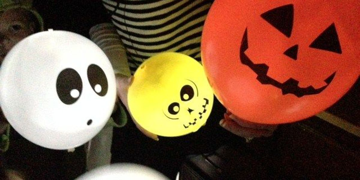 Does It Work: Illooms Light Up Halloween Balloons