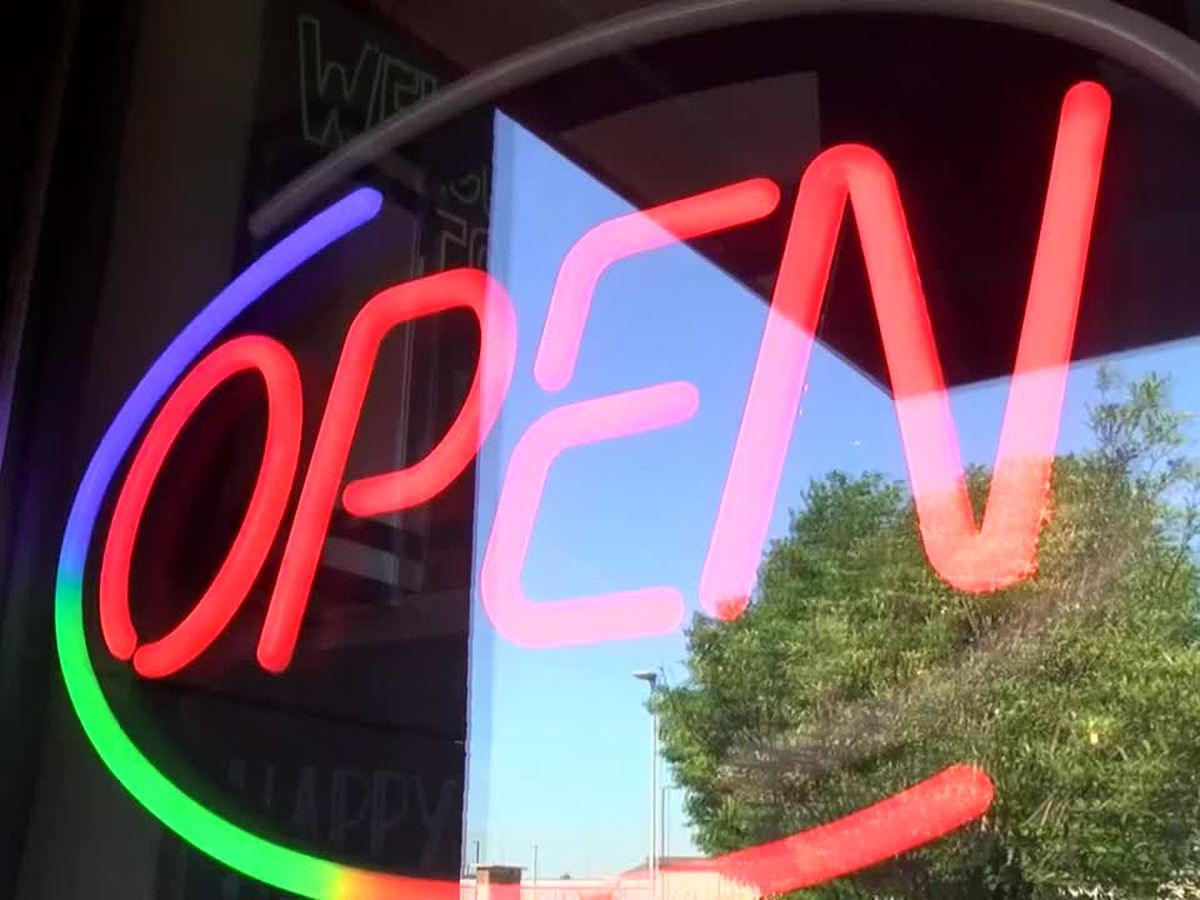 Louisville restaurant, bar owners applying for $10,000 state relief money say it's not enough