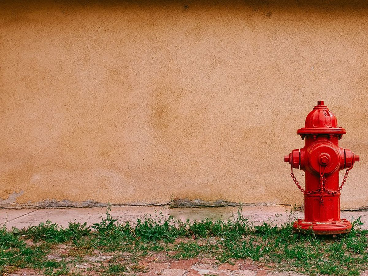 City of Carmi, IL to flush hydrants