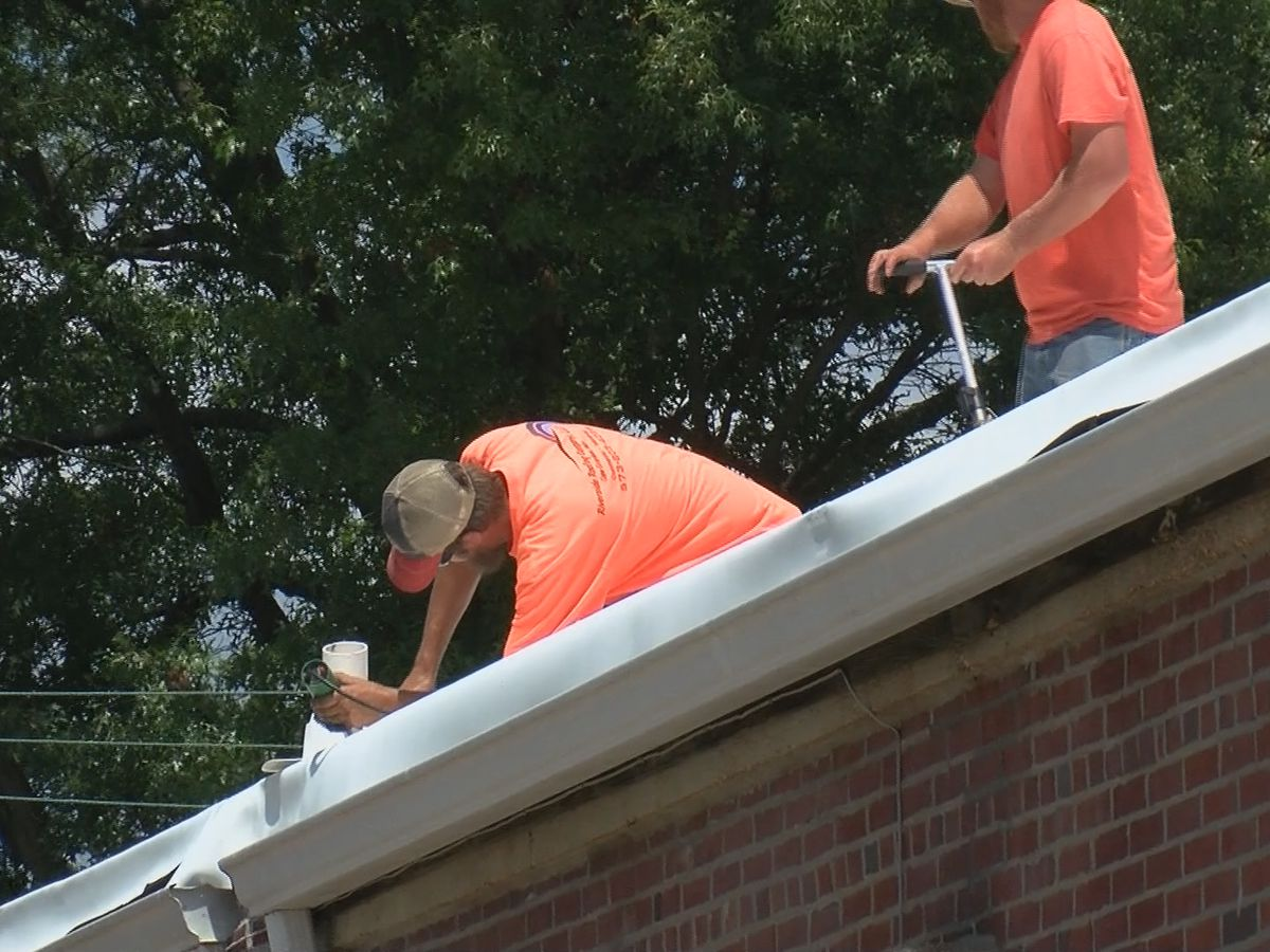 Crews working to fix storm-damaged American Legion in Jackson