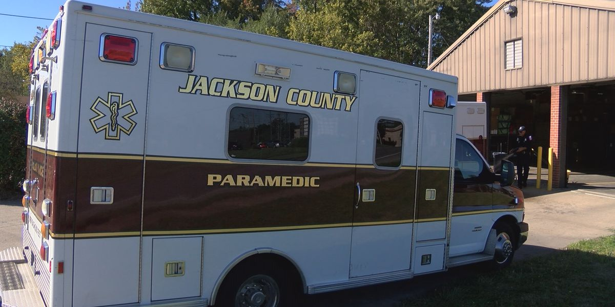Jackson Co. Board to apply for ambulance grant