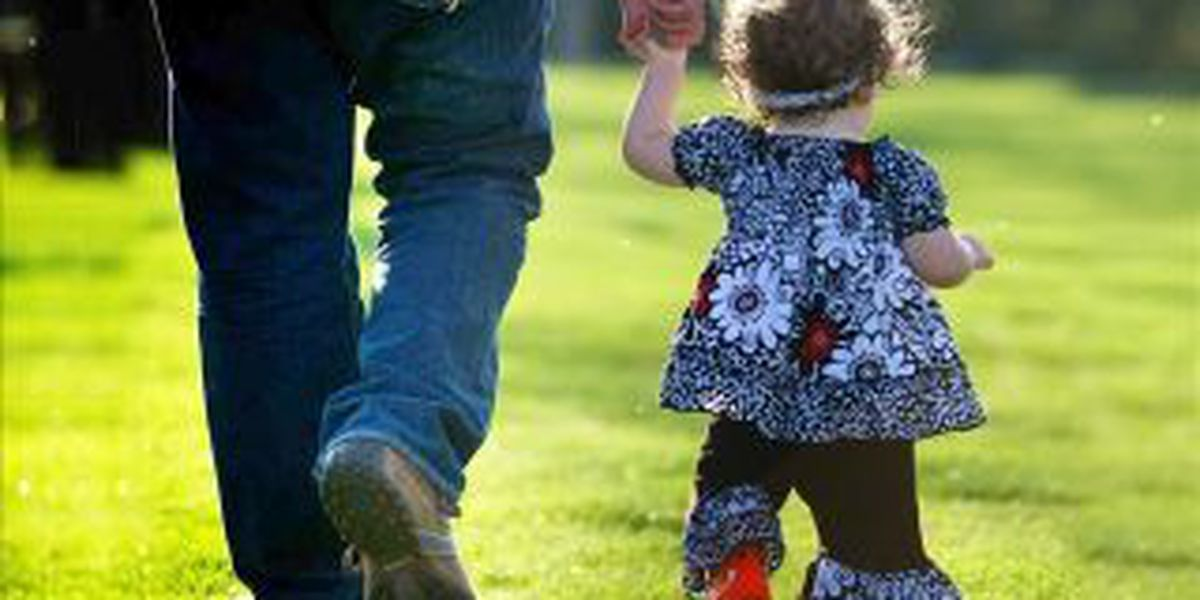 Ill. State Health Director participates in 'National Walk to School Day'