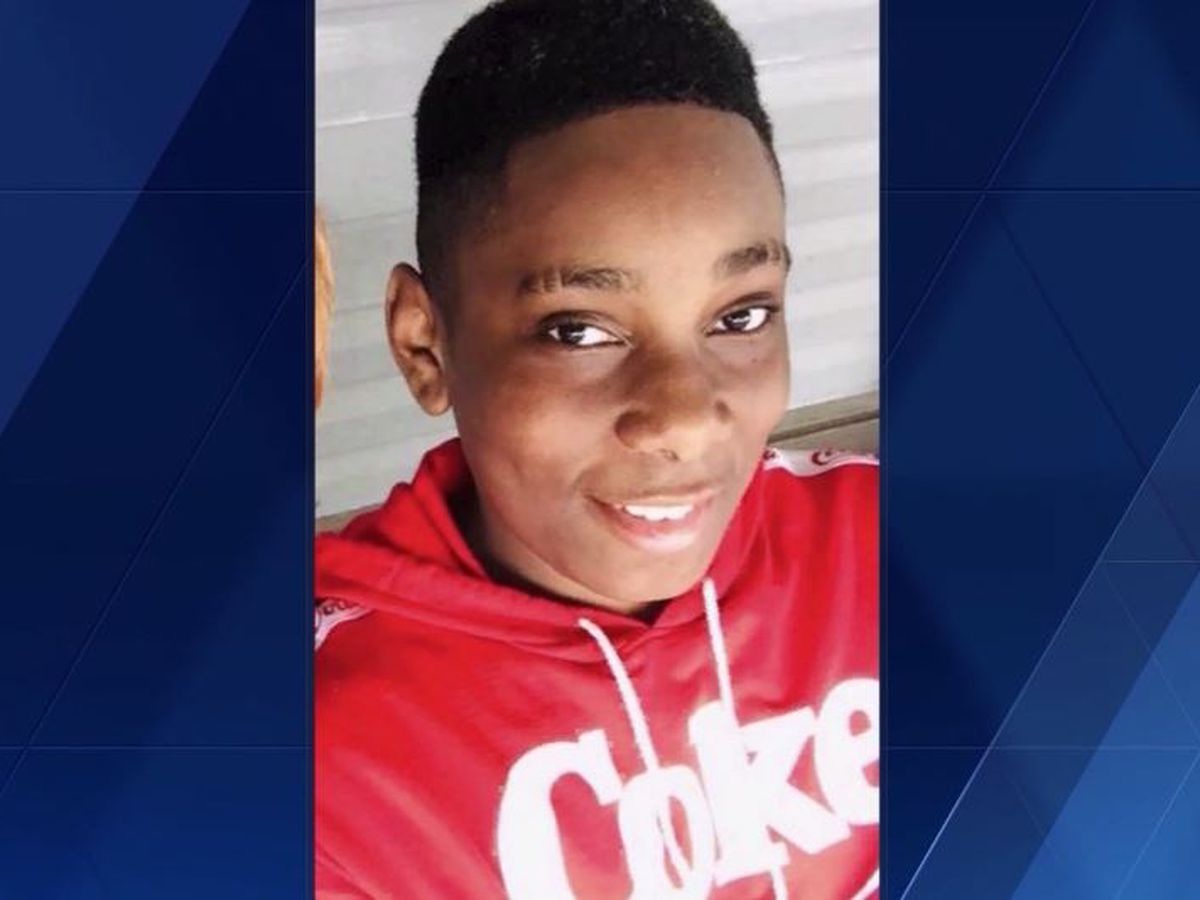 13-year-old dies after collapsing during football practice in Pittsburgh